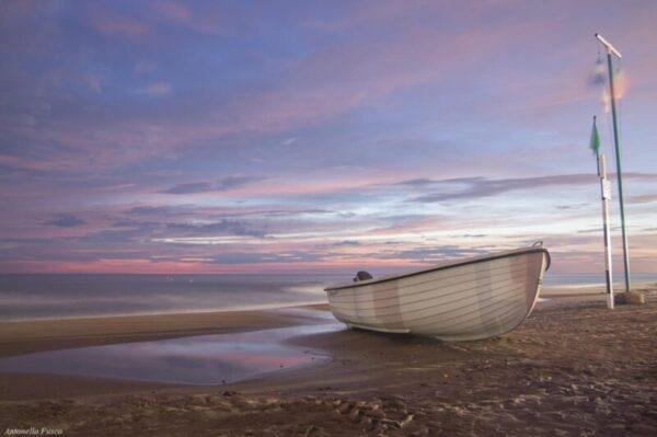 Foto quadro mare e barca al tramonto lunga esposizione - Antonella Fusco